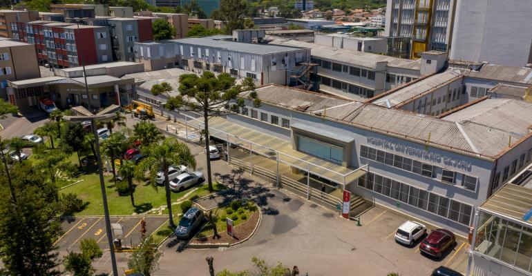 1 - Hospital Universitário Cajuru conta com residência médica em emergência.jpg