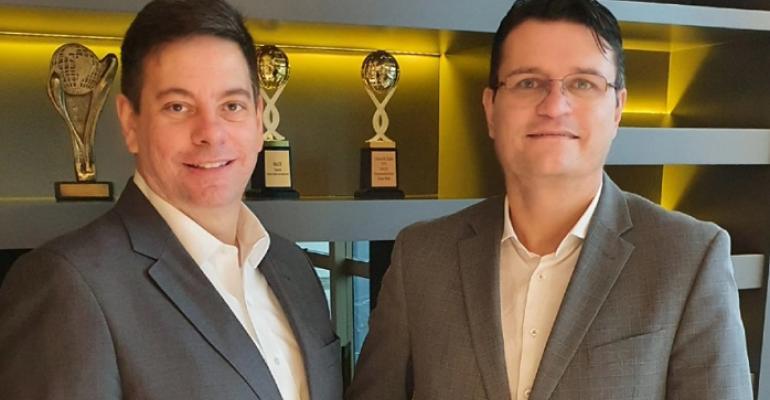 Fabricio Avini e Murilo Fernandes - Salux.jpg
