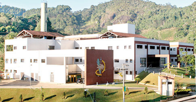 hospital-madre-regina.png