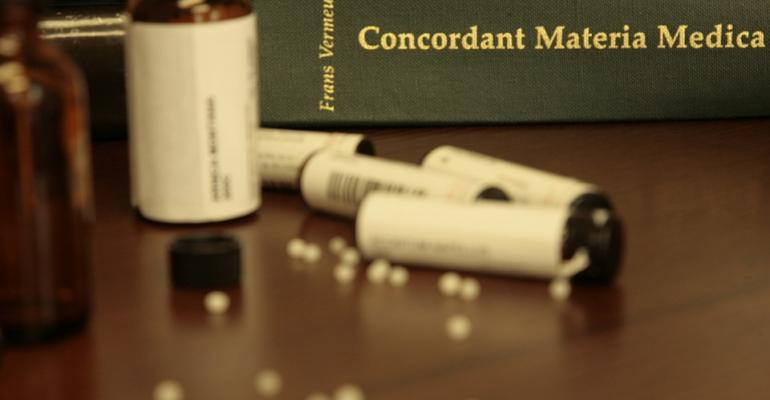 homeopathy-1604071_960_720