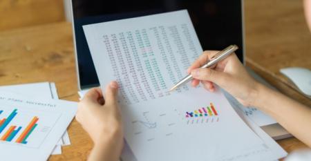 analise-dados-estatisticas-analise-preco_1232-4204