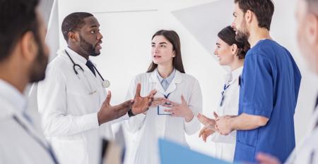 medicos_reuniao_educacao